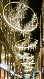 Covent Garden Christmas 2, by Tony Lobl
